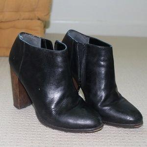 Black Steve Madden booties